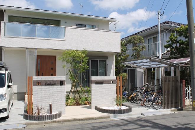 外構 埼玉 杉戸 セミクローズ サイクルポート タカショー 千本格子