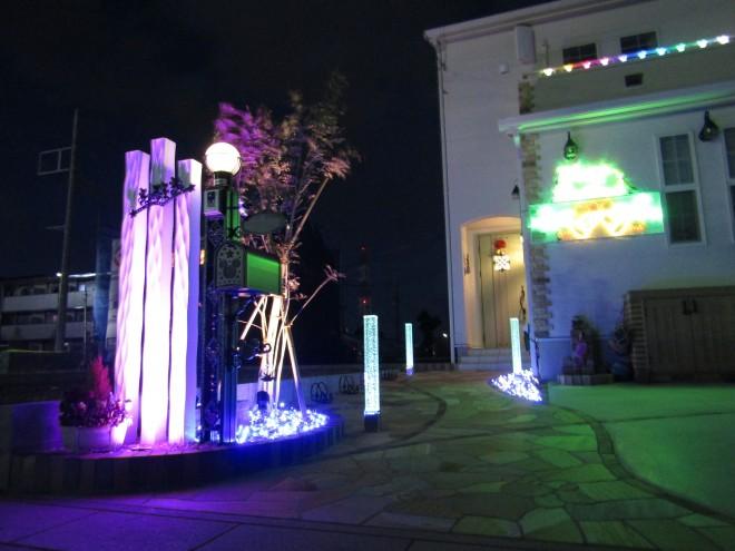 光のエンターテイメント Gロット&デザインピラーウェーブ さいたま市岩槻区