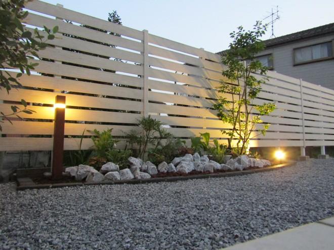 東洋工業 クラッシュロックで動きのあるお庭にガーデンリフォーム アキュラホーム 吉川市