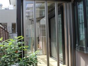 埼玉県蕨市 リクシル ガーデンルーム ジーマ 樹脂デッキ クリエペール