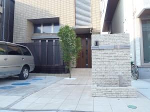 オンリーワン モデルノRデザインポストをラインにしたナチュラルモダンエクステリア ミサワホーム 埼玉県戸田