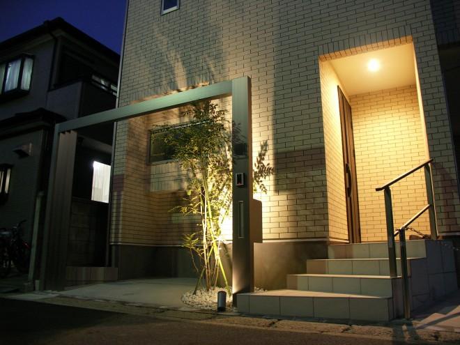 ナイトシーンをプラスGとLEDライトでスタイリッシュに魅せる 三井ホーム 埼玉県草加