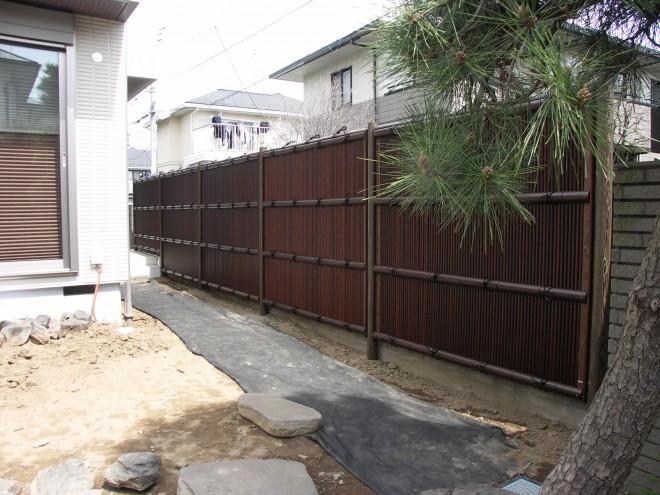 虎竹ならではの風合いが美しい清水垣での目隠しフェンス施工例 さいたま市 へーベルハウス