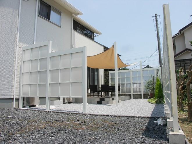 プラスGとアルファウッドフェンスでリゾート感のあるガーデンに アキュラホーム 埼玉県吉川市