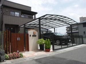 緑に溢れるナチュラルなクローズ外構 埼玉県白岡市 桧家住宅