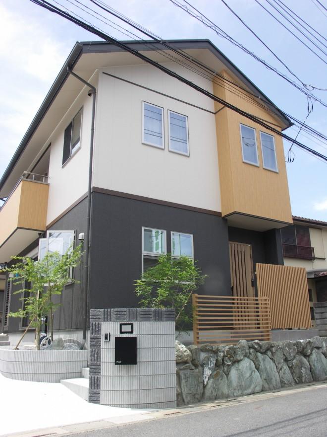 四季の移り変わりを楽しむ和モダンなオープン外構 埼玉県羽生市