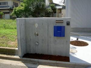 さいたま市 コンクリート打ち放し門柱 施工例